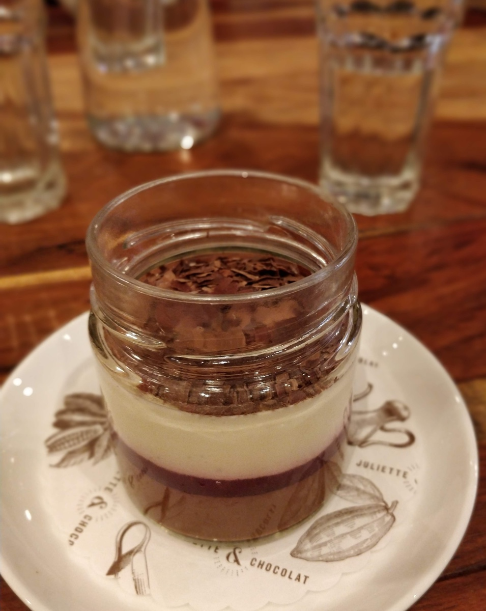Photo of a black forest cake in a jar, a chocolate dessert from Juliette & Chocolat in Montréal.